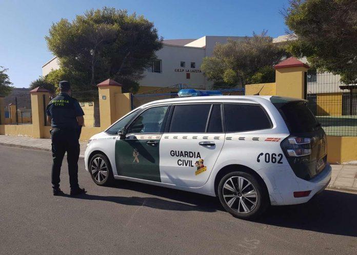 Mann in Gran Tarajal wegen Raubüberfall durch Guardia Civil verhaftet Archivbild