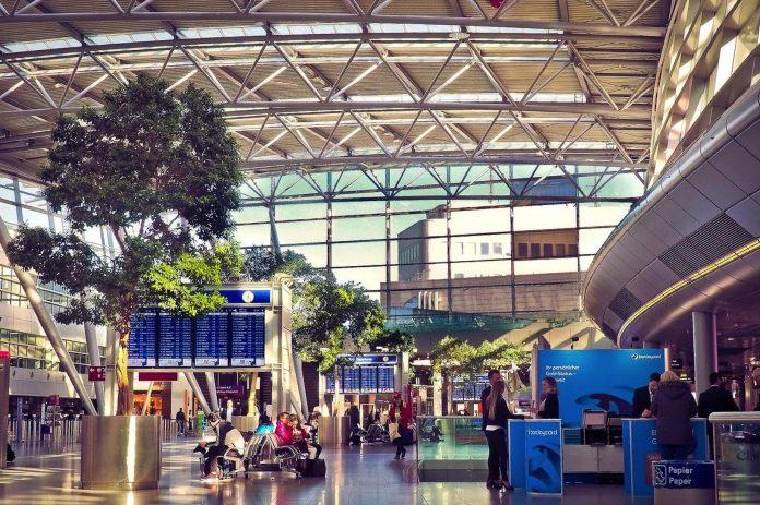 Deutschland ändert Einreisebedingungen - Corona Testpflicht vor Einreise