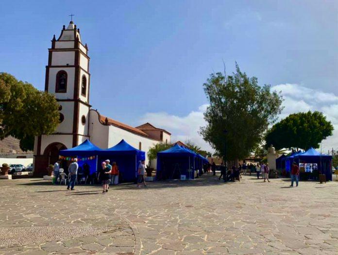 Puerto del Rosario lädt zum ersten Kunsthandwerkermarkt 2021 in Tetir ein