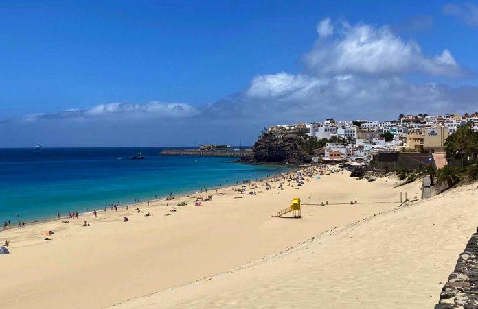 SUC rettet Mann mit Herzstillstand am Strand von Morro Jable das Leben