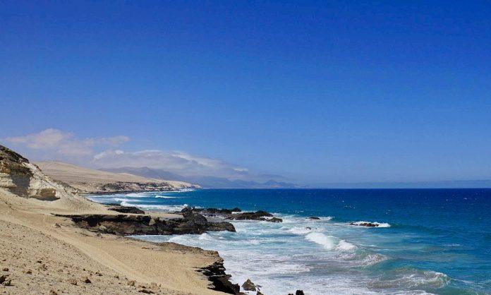Fuerteventura bleibt trotz hohem Inzidenzwert auf Corona Alarmstufe 2
