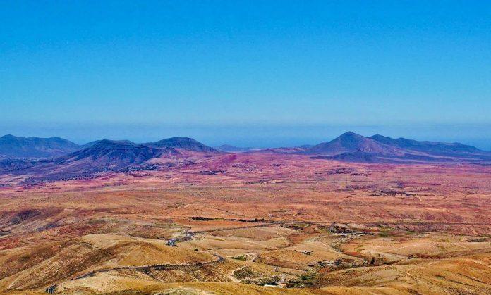 Corona Ampel der Kanaren rot und grün - Inzidenz auf Fuerteventura sinkt